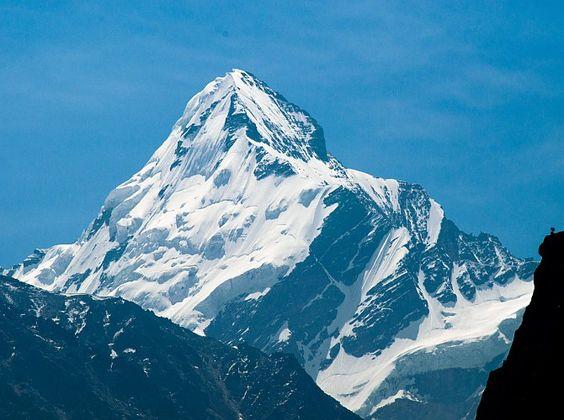 Worrying case of the majestic Gangotri glacier
