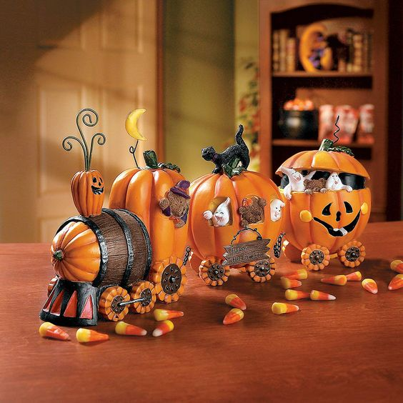 Fall is here, and the Pumpkin Train is ready to entertain our guests