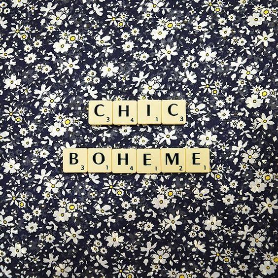 Un imprimé floral et rétro pour être chic et féminine en toute circonstance ! #seventies #vintagestyle #flowers #fleurs #retro #imprimé #mode #fashion #breal_officiel #jemesensbelle
