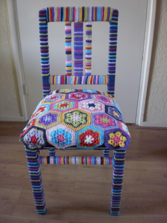 Granny square stoel! #grannysquare #haken --- 6 points = HEXAGONS! Neat thow.