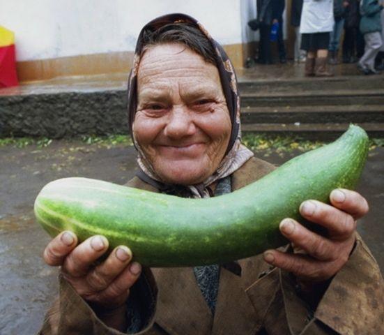 Bilderesultat for old russian woman