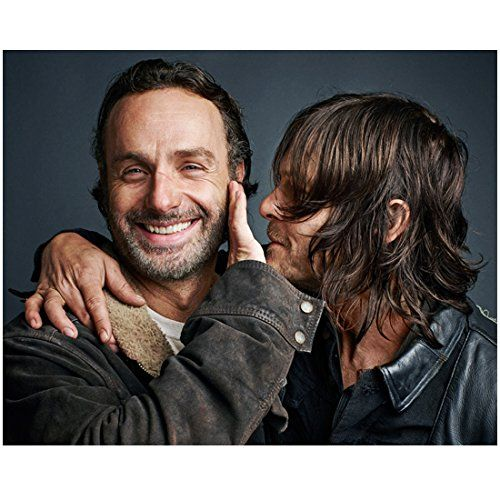 The Walking Dead Andrew Lincoln Smiling And Holding Off Norman Reedus 8 X 10 Inch Photo The Walking Dead Fear The Walking Dead Walking Dead Season