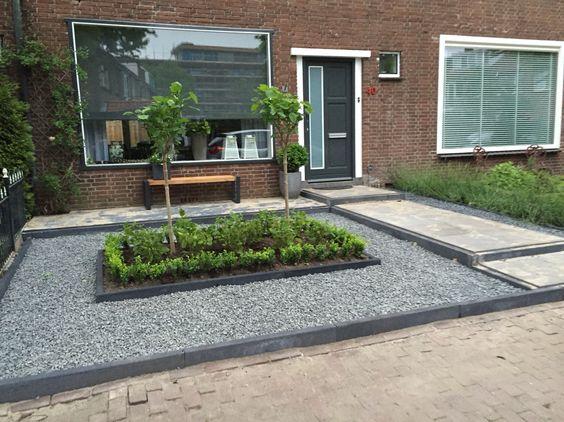 Voortuin modern strak met ardenner split buxus witte lavendel hortensia moderne strakke - Moderne tuinier ...
