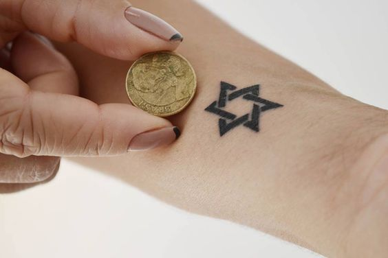 #carinacaie #flashtattoo #tatuagem #tattoo #tatuagemriodejaneiro #tatuagemsãopaulo