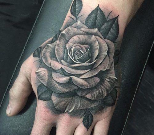 De 100 Tatuajes De Rosas Con Imagenes Y Significados Tatuaje De Rosa En La Mano Tatuajes De Rosas Tatuajes De Rosas Para Hombres