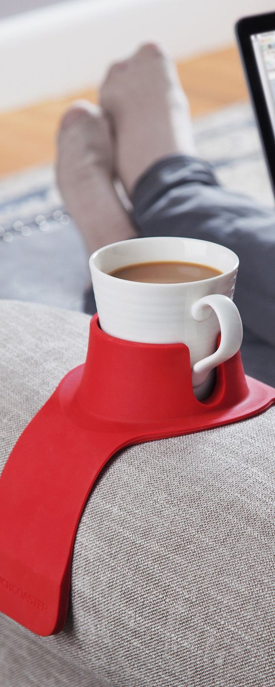 CouchCoaster's couch drink holder, discovered by The Grommet, keeps your drinks…