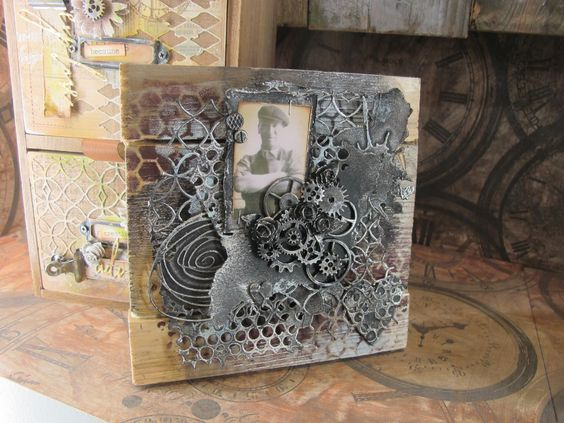 Going Buggy: Stitches Trade Show - and some winners; GREAT use of gears