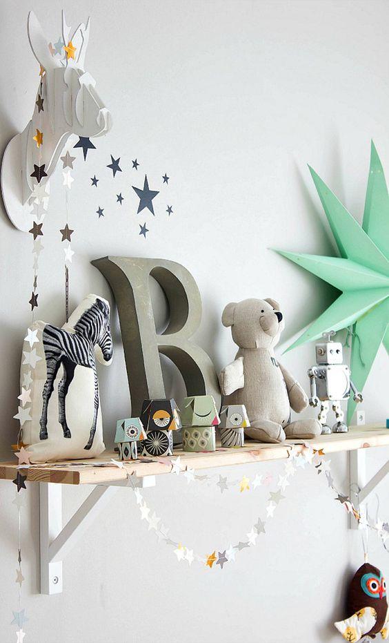 <3 chambre enfant décoration guirlande étoiles trophée carton