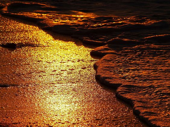 """Liquid gold sand"" by Tony Tringali (underflow on flickr)."
