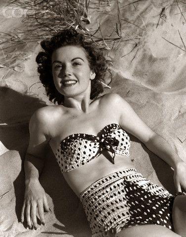 Lovee vintage swimwear!: Vintage Swimsuits, 1950S Swimsuit, Vintage Swimwear, 1950S Beach, Two Piece Swimsuits, Vintage Fashion 1950S