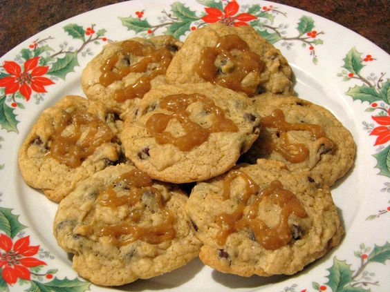 Cheesecake Chocolate Chip Cookies with Salted Caramel
