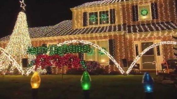 The Great Christmas Light Fight Season 1 Episode 5 - Macrina ...