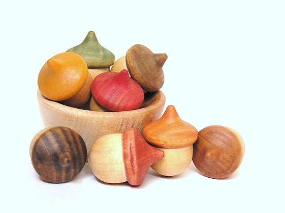 Bolets de fusta/ cogumelos de madeira Wooden -Waldorf- Kids -Toy-Waldorf Natural Wood Toy- Autumn Acorns- Seasonal Education Fun- Featured on Etsy Front Page. $15.00, via Etsy.