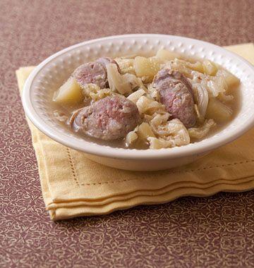 Potée de chou vert aux pommes de terre et saucisses (Hollande) - les meilleures…