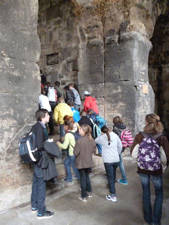 Visite de l'amphithéâtre de Nîmes