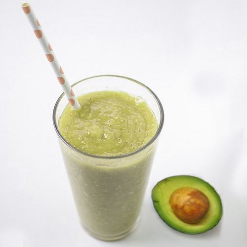 www.smoothiehealthyrecipes.com/healthy-smoothie-recipes/f...  This Mango Avocado Smoothie is so interesting to me as I am having avocado and I needed to use that