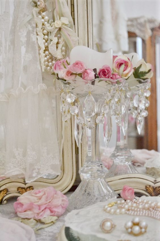 Pink roses - Crystal - Pearls - so southern!: