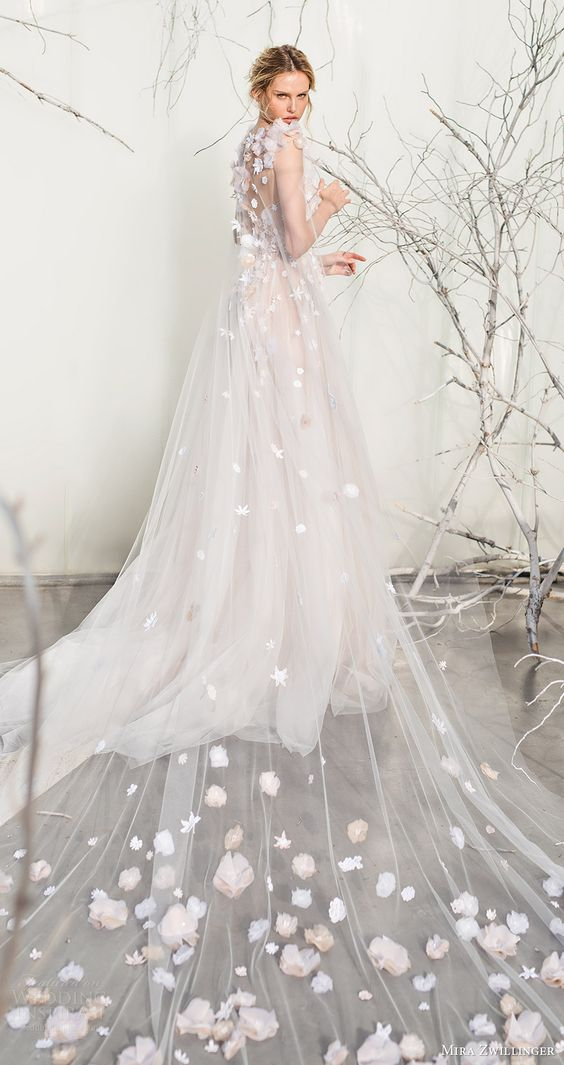 mira zwillinger bridal 2017 strapless sweetheart ball gown wedding dress (elsa) sheer cape train bv