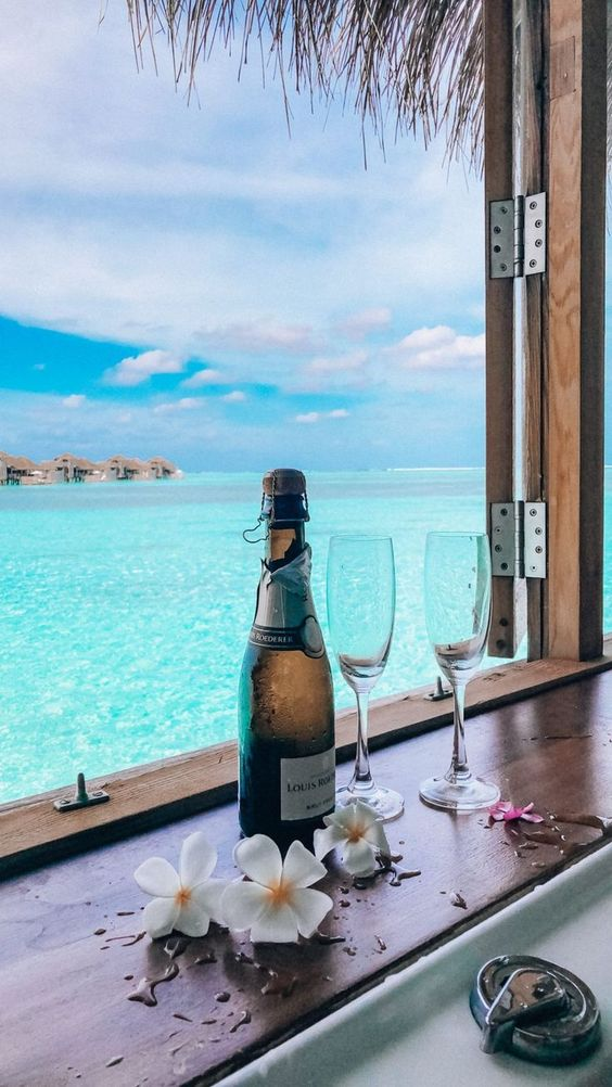The Ultimate Jetset Travel Guide to The Maldives - JetsetChristina