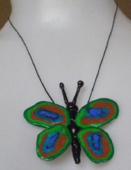 pendentif papillon ailes de paon pâte polymère fimo cordon collier butterfly : Pendentif par musacreation