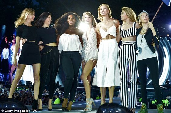 Gilrband: Taylor Swift is joined by Martha Hunt, Kendall Jenner, Serena Williams, Karlie K...