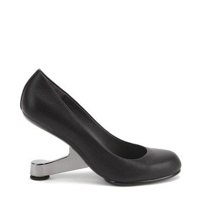 Eamz Pump: Charles and Ray Eames fashioned some of the most iconic designs of the 20th century. United Nude's Eamz pays tribute to the duo's inspiring creations, attributing the shoes with the comfort and style of their famous chairs. | $300. Wouldn't necessarily wear these, but neat concept!