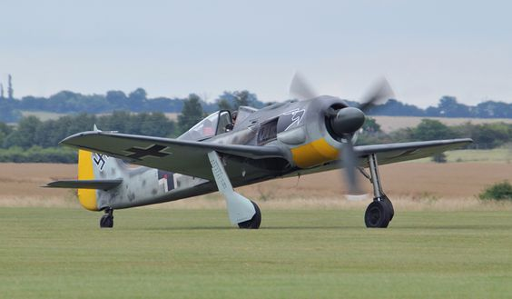 """This 'new build' Focke Wulf Fw 190 """"Butcher bird"""" was the star of Flying Legends 2009"""