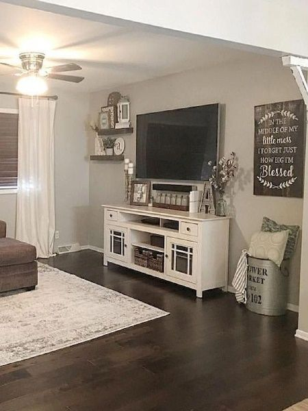Best Of Cute Room Decor Ideas How Can I Decorate My Bedroom With Pictures Farmhouse Decor Living Room Farm House Living Room Living Room Decor Modern