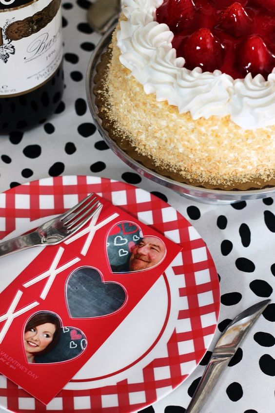 Add a custom @Shutterfly card to the dinner table to make the night extra special.