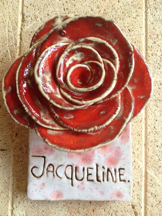 Mooie roos voor op een graf, of voor thuis. Een aandenken aan iemand die er niet meer is.