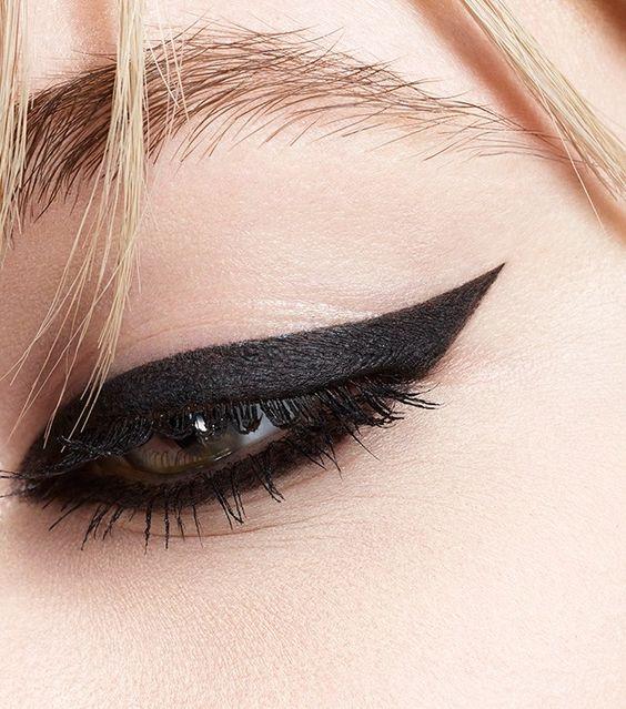 Новая линия Кайялов для глаз от Yves Saint Laurent