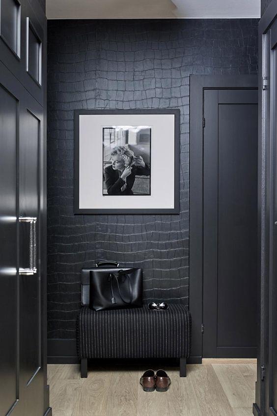 Interior design: Tandberg Miller Styling: Alexandra Villefrance Photography: Margaret M. de Lange Big Croco Wallpaper