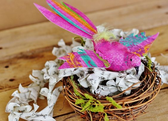 Fun project for spring or valentine's day!  Bird made from scrapbook paper and #mod podge!