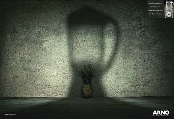 Liquidificador Arno. A pior coisa que poderia acontecer na vida de um abacaxi. Prêmio: bronze
