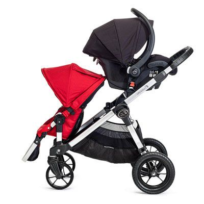The most versatile stroller on the market today, the City Select was designed to keep your family rolling as it grows from one child to two… or even three. Seats can make a combination of 16 different ways. Love this stroller