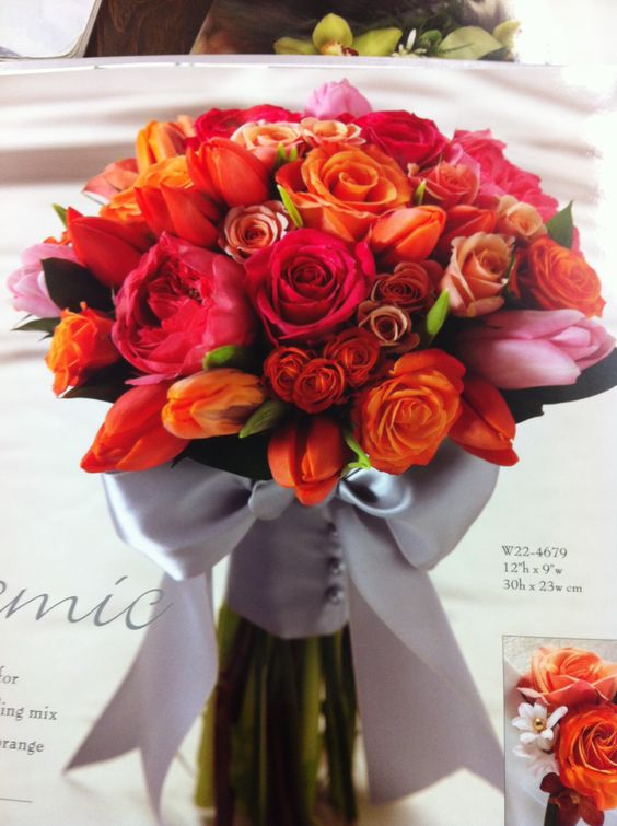 Bouquet with texture and colors except light pink to fuschia; not as full: Bouquets Tablescapes, Tablescapes Boutonnières, Floral Ideas, Wedding Ideas, Wedding Bouquets, Wedding Flowers, Craft Ideas