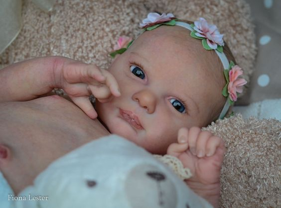 FIONA LESTER Reborn Baby GIRL TWINS Doll AURORA SKY LAURA LEE EAGLES SOLE #ScrumptiousBabies