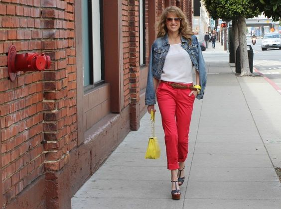 How to Work the Color Wheel in Cherry Capris | Savvy Spice