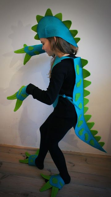 Best dinosaur costume ever!  Page is not in English but can be translated! Pan Pepe: przebieranki:):