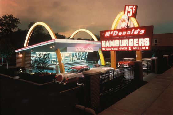 I miss how McD's looked when I was a kid, I can't believe they replaced this cool looking McD's on Washington Ave. w/ a more modern ugly plain building. So sad. Huntington, West Virginia <3 my hometown <3: