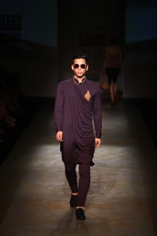 Shantanu & Nikhil. LFW A/W 13'. Indian Couture.