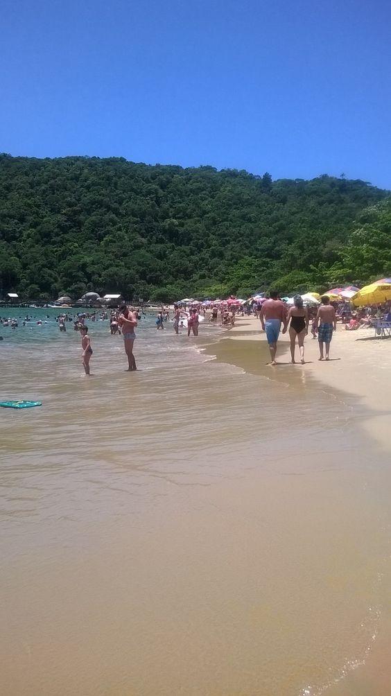 Praia de Laranjeiras - Balneário Camboriú SC