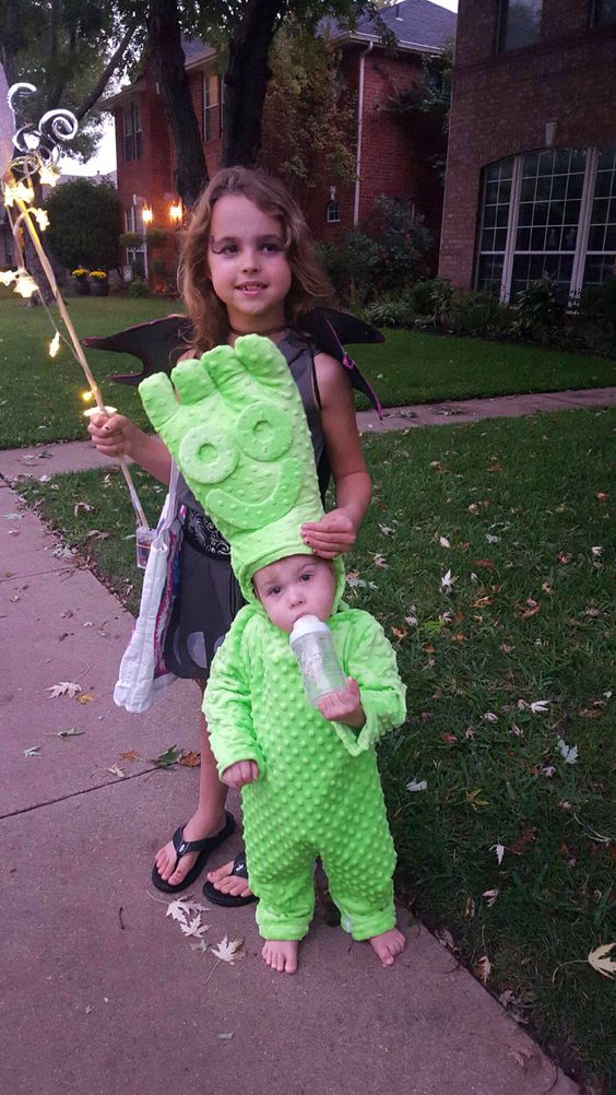 Sour patch kid costume first he 39 s sour then he 39 s sweet for Creative toddler halloween costumes