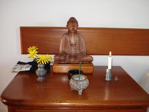 Resultado De Imagem Para Altar Budista Canto De Meditacao