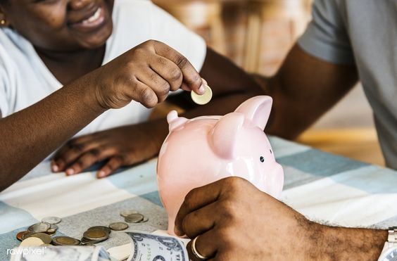 Tips Menyiapkan Budget Traveling dengan Menabung Bisa DIlakukan dengan Cara Manual atau Depositi/Pinterest