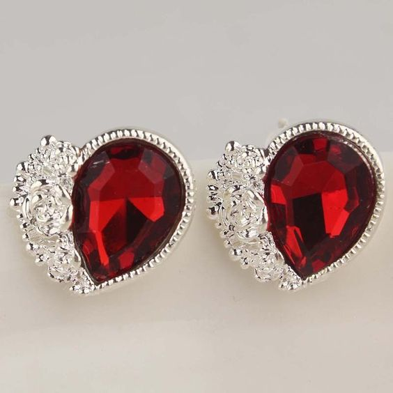Women Uniquely 9k Gold Filled Austrian Crystal Red stud Earrings Jewelry A413