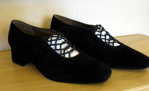 Stuart-Weitzman-Black-Suede-Shoes-7-5-M-Loafers-Shoes-Elastic-Lace-Slipper-NWT