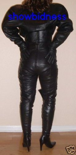 Catsuits and long gloves, thigh boots and trenchcoats...these are a few of my favorite things!