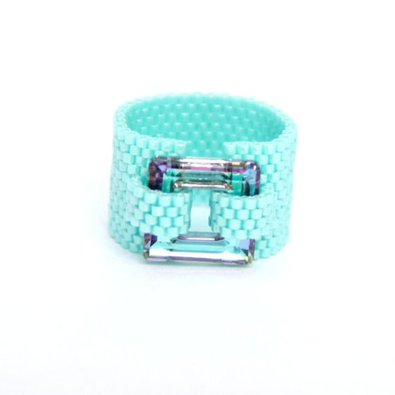 Swarovski Crystal Jewelry / Beaded ring / Swarovski par Ranitit