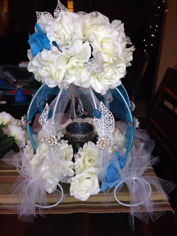 Cinderella Quince Floral Pearls Main Table centerpiecethis